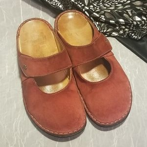 Suede Leather Finn Comfort Germany Clogs 39/9